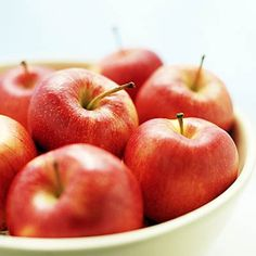 Having trouble breathing? Apples are some of the best foods for your lungs. #healthyeating | Health.com