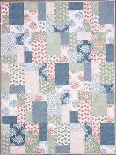 Finished Tilda Painting Flowers Quilt - The Homemakery Blog