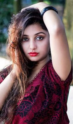 Indian sexy girls sexy pictures and cute pictures and sexy novel pictures . Cute Girl Photo, Girl Photo Poses, Girl Photos, Beautiful Indian Actress, Beautiful Actresses, Hot Actresses, Beautiful Gorgeous, Most Beautiful Women, Indian Eyes