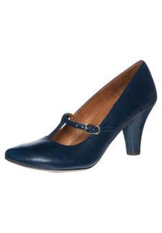 bestil Chie Mihara MAITRE - Pumps - blå til kr 1.610,00 (07-01-15). Køb hos Zalando og få gratis levering.