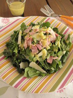 Σαλάτα με ρόκα, σπανάκι, γραβιέρα και μπέικον - The one with all the tastes Arugula, Diy Food, Chutney, Potato Salad, Spinach, Food Processor Recipes, Dips, Salads, Food And Drink