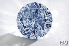 世界最大のブルーダイヤモンドPremier Blueが、サザビーのオークションに
