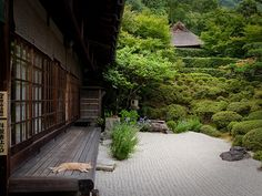 Japan: shape of happiness (Konpukuji temple, Kyoto) (via Marser)