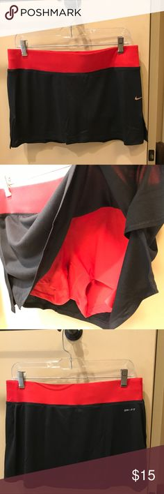 Nike dri fit athletic tennis skirt red/ black sz M Nike dri fit athletic tennis skirt red/ black sz M Nike Skirts