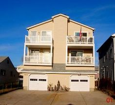 39th  Brigantine Townhouse Side B  3BR 2.5 BA much nicer decor than Side A. 3 houses from beach
