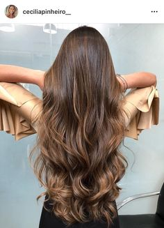 10 Biggest Spring/Summer 2020 Hair Color Trends You'll See Everywhere Ombre Curly Hair, Colored Curly Hair, Wavy Hair, Dyed Hair, Ombre Hair Color, Curly Hair Styles, Natural Hair Styles, Best Ombre Hair, Beautiful Long Hair