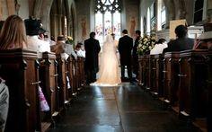 O mireasa s-a culcat din greseala cu cavalerul de onoare chiar in noaptea nuntii