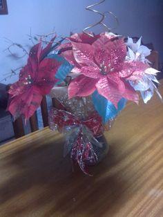 Enfeite de mesa - Flores bico de papagaio de papel