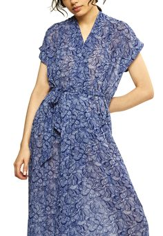 Discover recipes, home ideas, style inspiration and other ideas to try. Olympia, Kaftan, Wrap Dress, Chiffon, Outfits, Waves, Dresses, Fashion, Scale Model