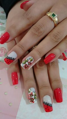 Flower Nail Designs, Diy Nail Designs, Flower Nail Art, Fabulous Nails, Perfect Nails, Manicure And Pedicure, Gel Nails, Pretty Nail Art, French Nails