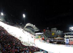 Das Nightrace war wieder einzigartig - Vorfreude aus nächstes Jahr!  #schladming #planai #schladmingtourismus #nightrace Open Air, Spaceship, Sci Fi, Recital, Tourism, Alps, Unique, Seasons, Space Ship