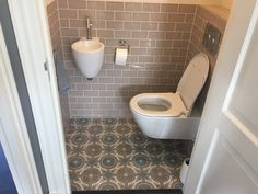 52 best toilet ideëen images on pinterest bathrooms gowns and