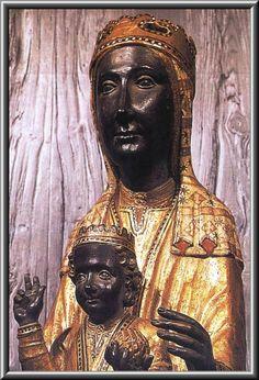 Virgen de Montserrat, Monasterio de Montserrat.