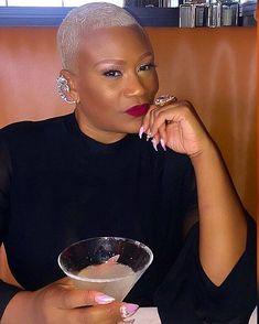 """Im old and want to show 50 can rock a baldie"" YES MA'AM! Short Sassy Hair, Short Grey Hair, Short Hair Cuts, Natural Hair Cuts, Natural Hair Styles, Short Platinum Hair, Shaved Head Women, Short Fade Haircut, Silver White Hair"