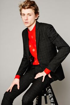 PS by Paul Smith Spring/Summer - Paul Smith Collections Paul Smith, Stylish Mens Fashion, Men Fashion, Beaverbrooks, Burberry, Blazers, Perfect Beard, Suit Shirts, Beard Lover