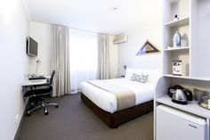 Queen rooms, entry level room. Economical option ideal for the short stay