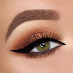 29 Gorgeous Eye Makeup Looks For Day And Evening eye makeup eye shadow #makeu