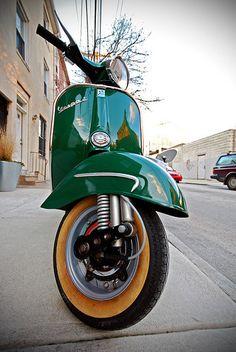 Low Angled Shot of a Green Vespa Vespa Ape, Scooters Vespa, Piaggio Vespa, Lambretta Scooter, Motor Scooters, Vespa Vintage, Vespa Retro, Retro Scooter, Scooter Girl
