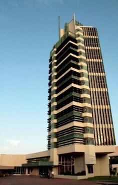 AD Classics: Price Tower / Frank Lloyd Wright