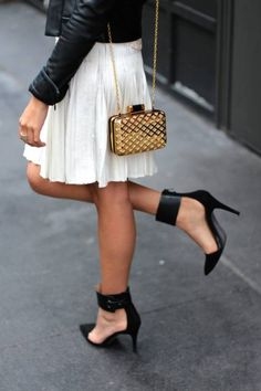 .. If only my legs werent the same color as the dressClassy In Herve Leger | Nyfw Outfit
