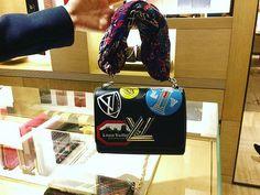 💞So pretty bag! It has special scarf handle&long strap. #lvtwist#lvoe#lvlover#lvworldtour#louisvuittonaddicted#lovelybag#prettybag#atthelvstore#lvstore#luvlv#louisvuittonepi#louisvuittonworldtour2016#louisvuittontwistworldtour