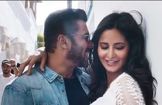 The Swag se Swagat song from Tiger Zinda Hai is here! - Swag Se Swagat moments of the smoking hot duo, Salman Khan and Katrina Kaif we can't get over
