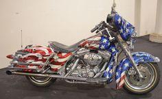 2000 Harley-Davidson FLHTC Electra Glide.  Salute!