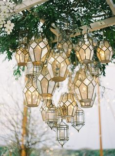 Southern Charm Charlottesville wedding r. - - Southern Charm Charlottesville wedding r… – - Bedroom Plants, My Dream Home, Interior And Exterior, Stained Glass, Mosaic Glass, Wedding Decorations, Wedding Lanterns, Candle Lanterns, Home And Garden