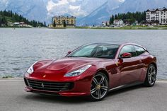 That's the real Italo! The Ferrari GTC4 Lusso is the very improved facelift from the FF. Ferrari is the creator from new names too. The luxury 2+2 seater is prepared with a V12 and a 4RM-S system. The interior is also improved with a new diaplay and better technology. Isn't tge design perfect shown? Sorry guys but Ferrari did good work in the design with the GTC4 Lusso. FABULOUS!
