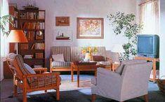 Kárpitozás házilag 1. Old Furniture, Outdoor Furniture Sets, Outdoor Decor, Furnitures, Home Decor, Decoration Home, Room Decor, Home Interior Design, Home Decoration
