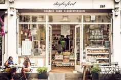 Daylesford Westbourne Grove, in the heart of Notting Hill, London - farm shop cum cafe with a great choice of vegetarian / vegan options