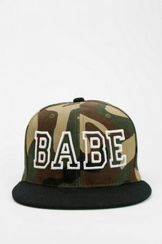 United Couture Babe Snapback Hat