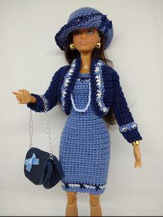 vêtement poupée mannequin Barbie (365)