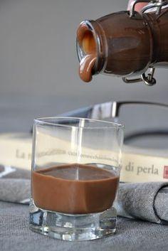 Crema di liquore al cioccolato e liquirizia
