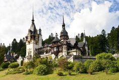 Castello di Peles - Romania Di assoluta bellezza. Assolutamente da visitare. Prezzi super contenuti e a poca distanza dal castello di Bran (dracula). Trova offerte per Hotel.