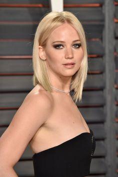 Pin for Later: Voilà Ce Que les Célébrités Ont Fait à L'afterparty des Oscars Jennifer Lawrence