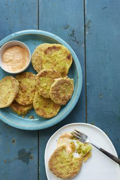 Fried Green Tomatoes with Red Pepper Aioli  #tomato #summer #comfort