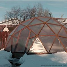Covering the GeoDome Greenhouse can be challenging. We explain how to cover a GeoDome with greenhouse plastic, polycarbonate panels, and shrink wrapping.