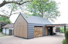 Ecologisch bijgebouw met mooi houten lijnenspel: