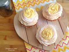 BRAZO DE MERCEDES WAFFLE CUPCAKE Cupcakes, Happy Today, Waffles, Cookies, Desserts, How To Make, Food, Arms, Crack Crackers