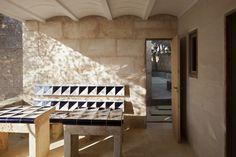 An Architect's Indoor/Outdoor Dreamscape in Mallorca, Spain (Remodelista: Sourcebook for the Considered Home) Outdoor Spaces, Indoor Outdoor, Best Interior, Interior Design, Jorn Utzon, Concrete Interiors, Built In Seating, Brick Flooring, Floors