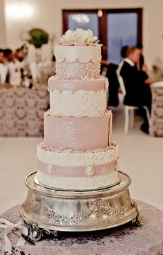 OK!!!!!! I love this one!! ') Pale pink and ivory #wedding cake.