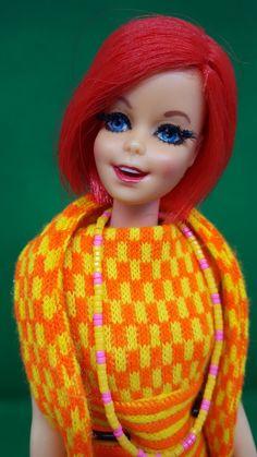 Barbie, Neon Hair, Poppies, Royalty, Disney Princess, Disney Characters, Board, Fashion, World