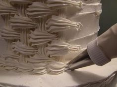 How to Basket Weave With Icing (+playlist)