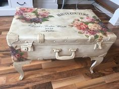 "Obtain excellent pointers on ""shabby chic furniture diy"". They are offered for you on our website. Decoupage Furniture, Furniture Covers, Repurposed Furniture, Shabby Chic Furniture, Furniture Projects, Furniture Makeover, Diy Furniture, Decoupage Coffee Table, Decoupage Suitcase"