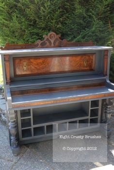 """Get excellent pointers on """"bar furniture"""". They are actually accessible for you on our website. Desk Cabinet, Cabinet Furniture, Bar Furniture, Furniture Makeover, Furniture Vintage, Furniture Design, Country Furniture, Repurposed Furniture, Rehabbed Furniture"""
