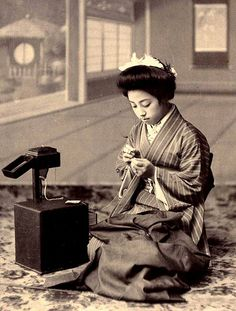 "A Geisha of Old Japan Makes Repairs and Adjustments to Her ""Haori"" (Outer Kimono Jacket). Japanese Textiles, Japanese Kimono, Japanese Art, Japanese Photography, Old Photography, Old Pictures, Old Photos, Vintage Photographs, Vintage Photos"