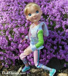 Great outdoor shot by Char. Tonner Toys Sporty Girl - from Doll Diaries