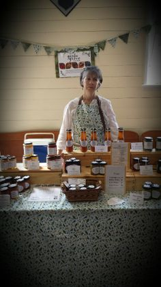 Gecko Grove Fine Foods are made by Lockyer Valley mother and son team. Forest Hill, Fruit In Season, Fruits And Vegetables, Foods, Handmade, Food Food, Food Items, Hand Made, Fruits And Veggies