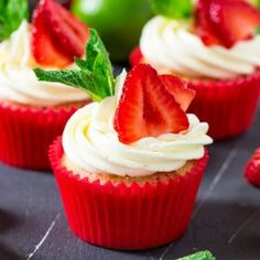 https://www.anniesnoms.com/2017/06/26/strawberry-pimms-cupcakes/